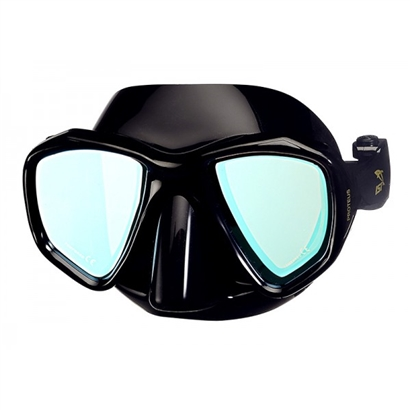 IST Proteus Mirrored dive mask