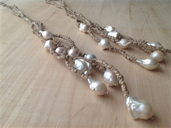 Mela White Baroque Pearls Necklace