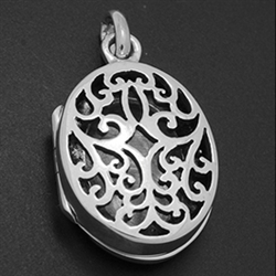 LPS1027 - Silver Oval Filigree Design Locket