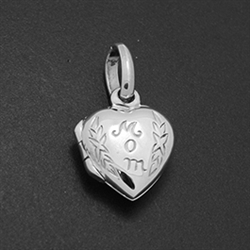 LPS1029 - Silver Small Heart Mom Engraved Locket