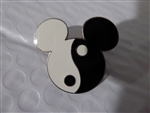 Disney Trading Pin Mickey Head - Yin Yang (Corrected)