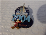 Disney Trading Pin 2004 Sorcerer Mickey and Cinderella's Castle
