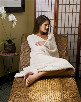tresaro chenille throw