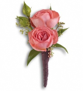 Rose Simplicity Boutonniere