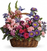 Basket in Blooms
