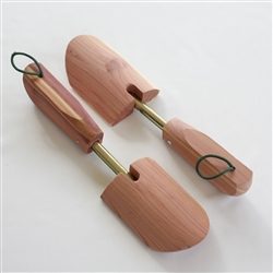 Ladies Cedar Shoe tree - Solid Toe - One-Size Shoe Tree