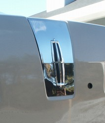 2006 Lincoln Zephyr Trunk Accent Trim
