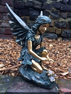 Fairy Kneeling with Solar LED Crystals
