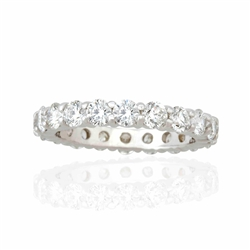 ROUND DIAMOND STACKABLE BAND IN PLATINUM