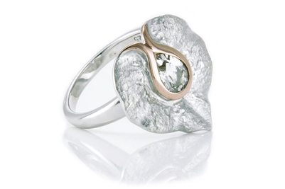 WHITE TOPAZ TEXTURED LILY RING