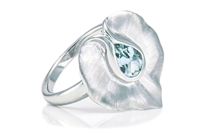 BLUE TOPAZ SMOOTH LILY RING