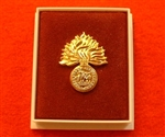 Quality Royal Regiment of Fusiliers Boxed Infantry Enamel Lapel Badge ( Royal Regiment of Fusiliers Lapel Badge )