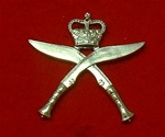 Royal Gurkha`s Rifles Metal Cap Badge ( Gurkha Rifles Hat badge ) Queens Crown