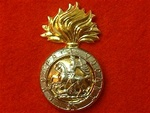 Northumberland Fusiliers metal Cap Badge