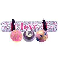 Bomb Love Cracker Gift Pack