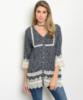 134-3-1-T3340 NAVY CREAM CROCHET TOP 2-2