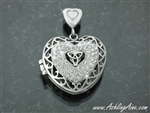 Beautiful Triple Heart Trinity Locket/Memorial ( S154)