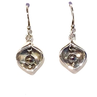 Sterling Silver Black Pearl Earring