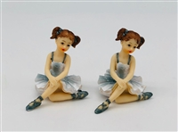Sitting Ballerinas