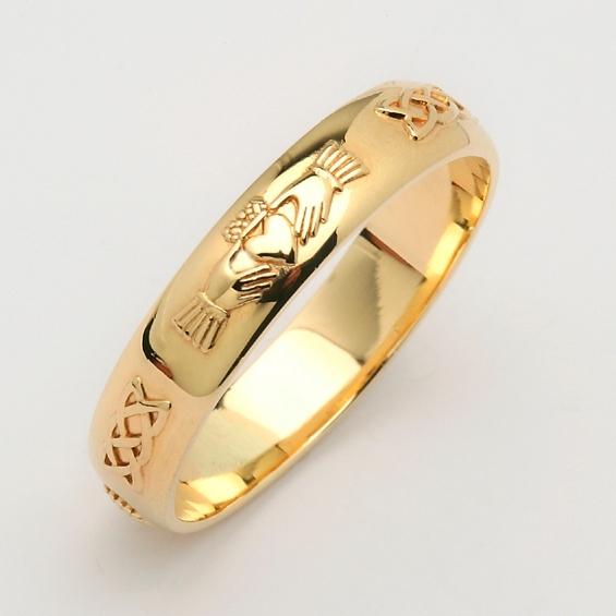 Elegant Claddagh Ring King