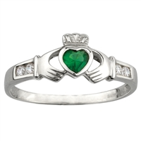 Sterling Silver Ladies Synthetic Emerald & C.Z. Shoulders Claddagh Ring 8mm
