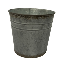Rustic Round Metal Pot with Liner