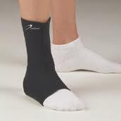 DeRoyal Neoprene Ankle Support