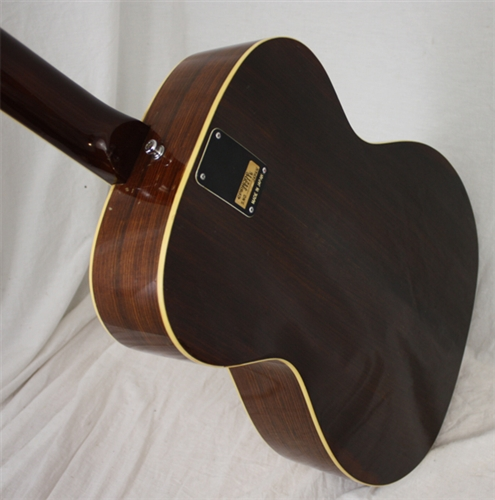 case study epiphone The strap is very study and comfortable  i ended up buying a hard case as i'm constantly gigging and wanted this  epiphone jack casady 20th ann wr to the.