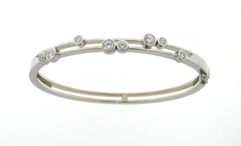 BLD3411 18k Yellow Gold Diamond Bangle