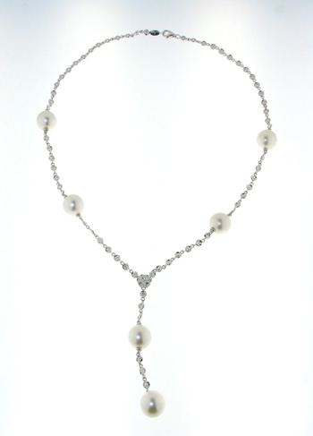 NEC1037 18k White Gold Diamond  Pearl Necklace