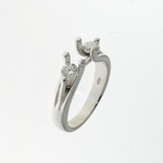 RLD0018 18k White Gold Diamond Ring