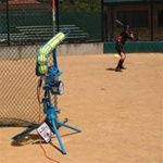 Jugs Lite Flite Softball Feeder