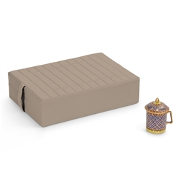 Gomden Three-Quarter Size Meditation Cushion