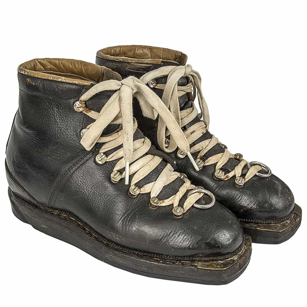 35cf026c96b 1960 s Silvretta Vintage Leather Double Lace Ski Boots