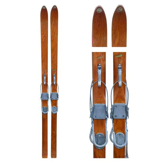 1940s Dartmouth Supreme Ridge-Top Vintage Skis with Bear Trap and Cable Bindings