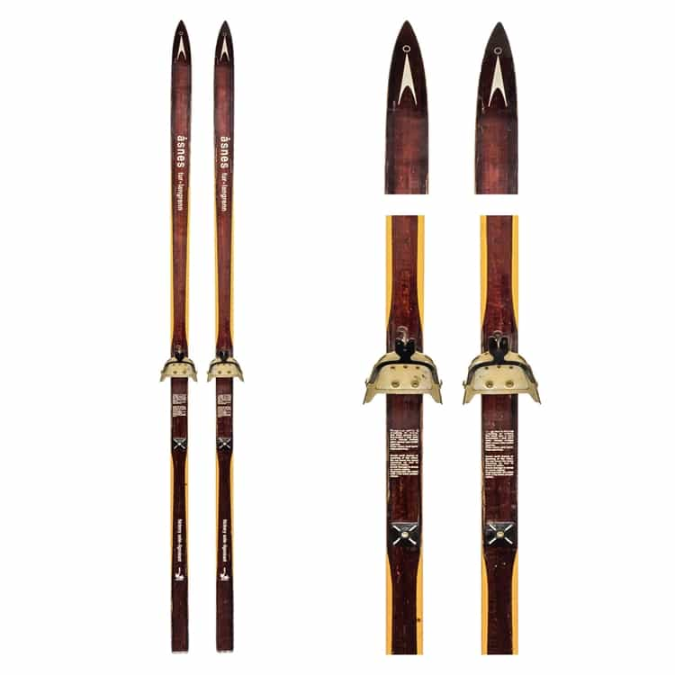 1970's Asnes Tur-Langrenn Vintage Cross Country Skis
