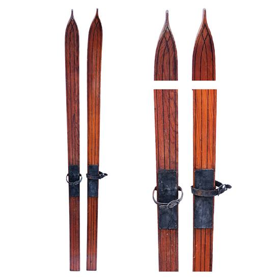 1920s Strand Children's Antique Flat Top Touring Skis