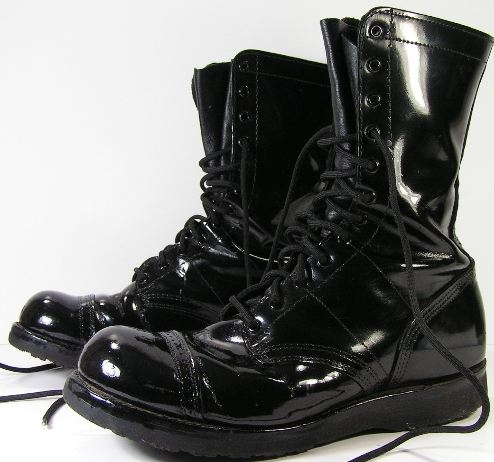 Comfortable and Shiny Black Army Boots