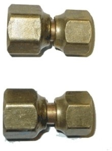 "DCS Adapter 1008A  5/8"" X 1/2"" Flare  Female"