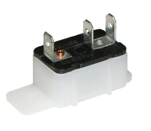 246-416-666 12 Volt 20 Amp Circuit Breaker