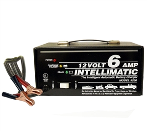 9250 Associated Automatic 12 Volt 6 Amp Intellimatic Automotive Battery Charger (New Old Stock)