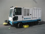 Tennant 830-II Street Sweeper