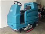 Tennant 7100 floor scrubber Reconditioned - Unit has 72 original hours