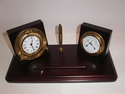 EXECUTIVE DESK SET WITH PEN HOLDER, CLOCK AND THERMOMETER