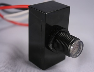 Button Style 240V-to-277V PhotoControl