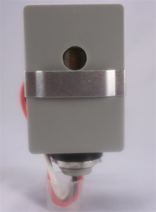 Stem Mount Photocontrol with Slide Bar