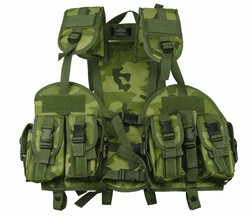 TG103C Woodland Camo Tactical Vest with Hydration Pouch - 3L-INTL