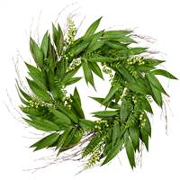 "24"" Green Willow White Berries Wreath"