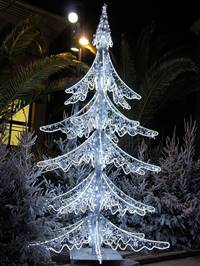8' x 3' x 3' LED 3D Layerd Tree