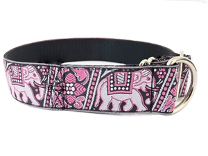 Limited slip dog collar